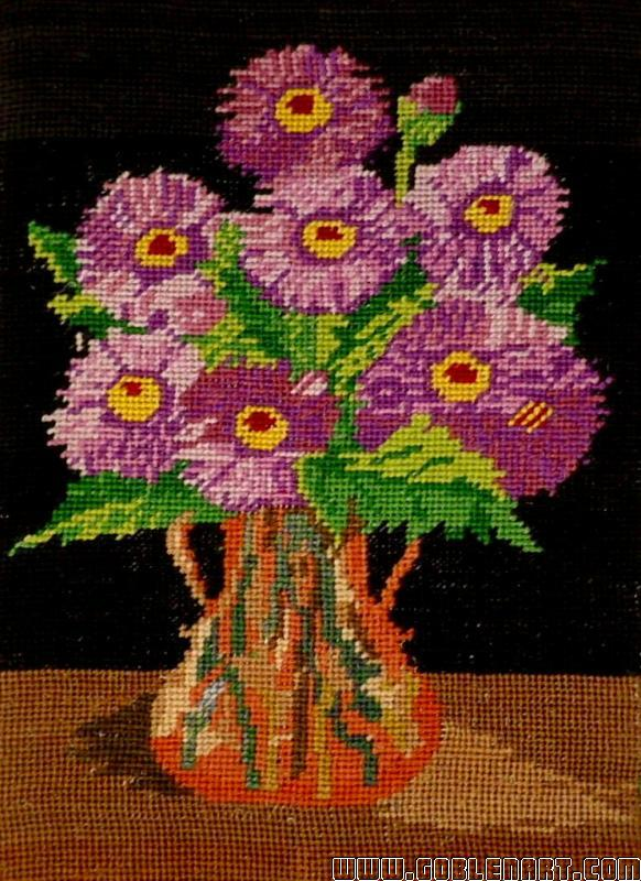Vase with mauve flowers